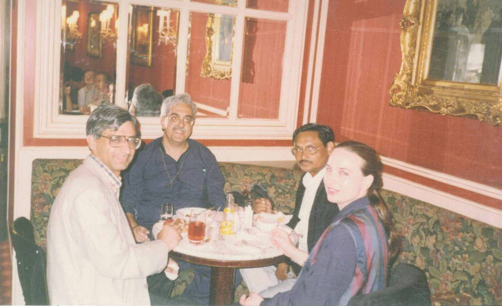 With Deepak midha, Evelene & Desraj in a Vienna Caffe
